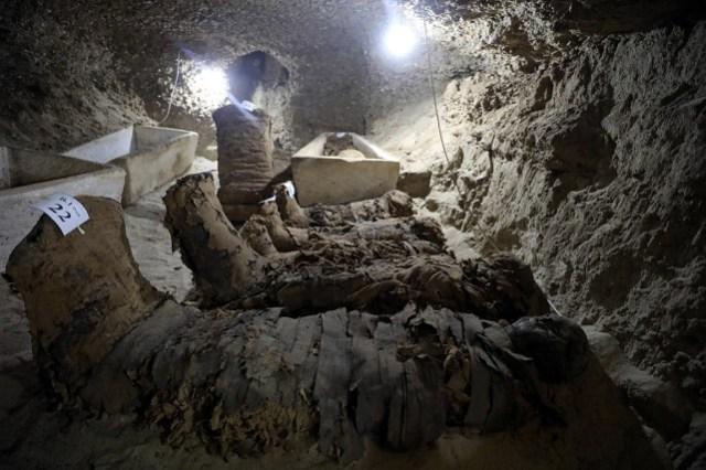 Les momies découvertes pourraient dater de la basse... (Photo Mohamed Abd El Ghany, REUTERS)