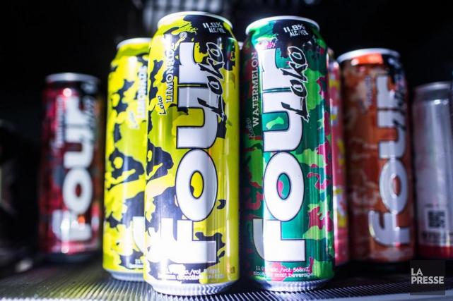 Une canette de Four Loko, boisson qui a... (PHOTO OLIVIERPONTBRIAND, LA PRESSE)