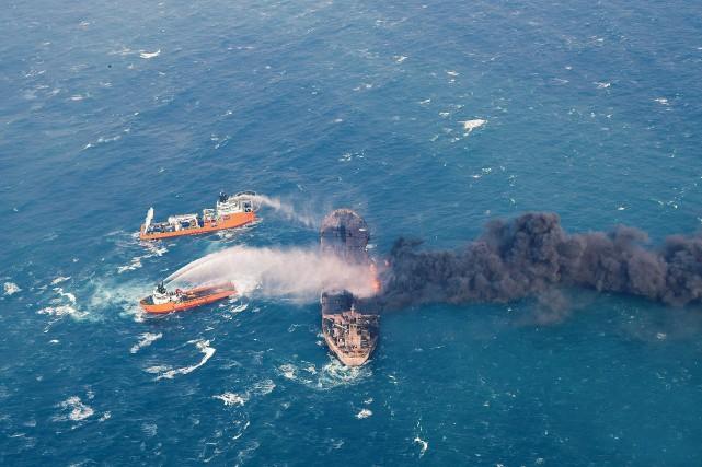 LeSanchi, qui transportait 136 000 tonnes de condensats,... (PHOTO AP)