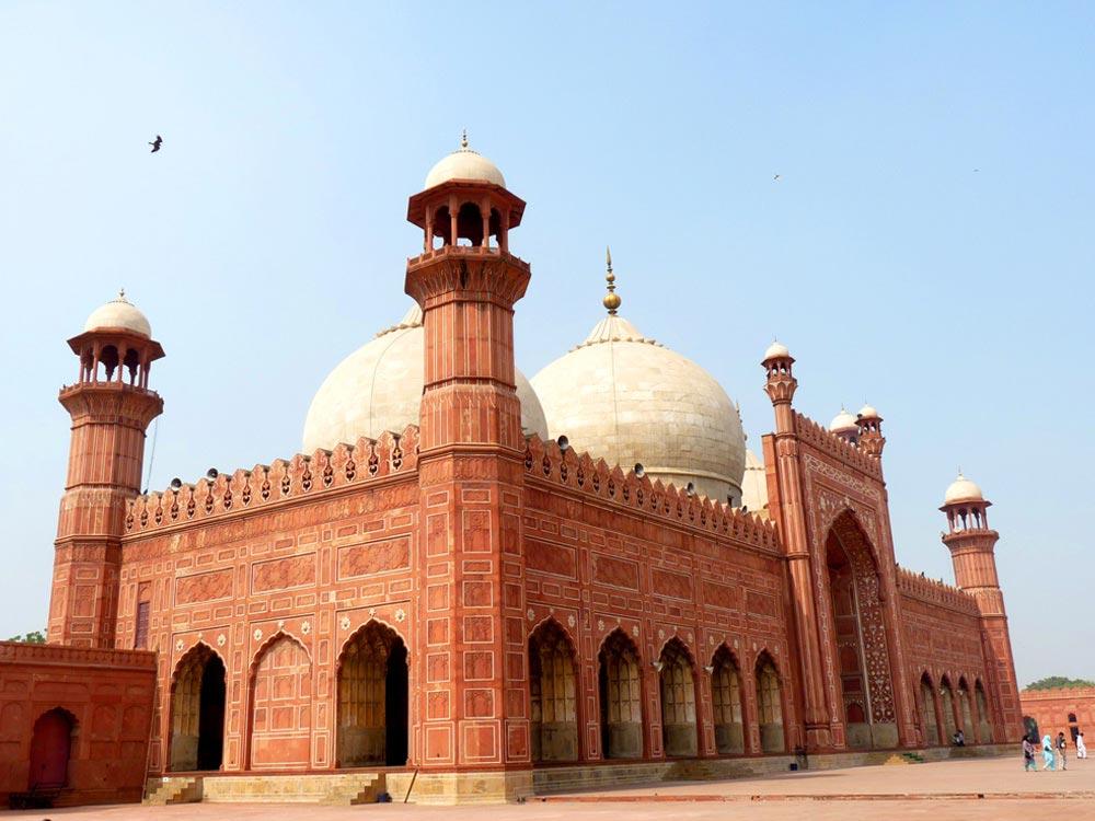 Badshahi Masjid in Lahore, Pakistan