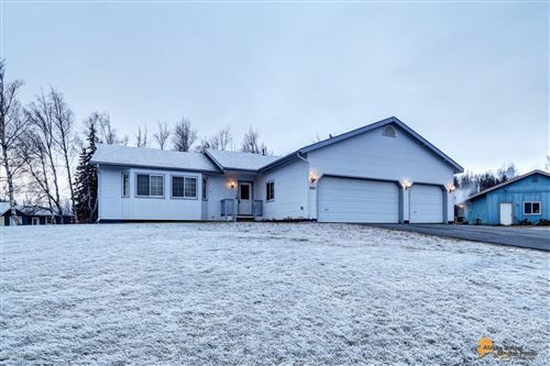 Photo of 265 N Tiffany Drive, Palmer, AK 99645 (MLS # 19-19750)