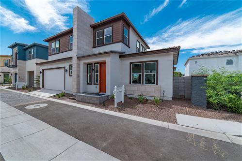 Photo of 1555 E OCOTILLO Road #14, Phoenix, AZ 85014 (MLS # 6085016)