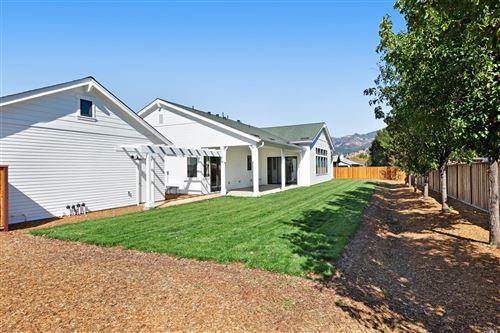 Tiny photo for 929 Highland Court, Calistoga, CA 94515 (MLS # 22013047)