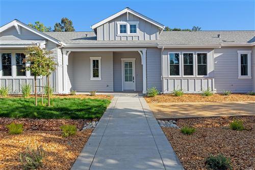 Photo for 919 Highland Court, Calistoga, CA 94515 (MLS # 22013088)
