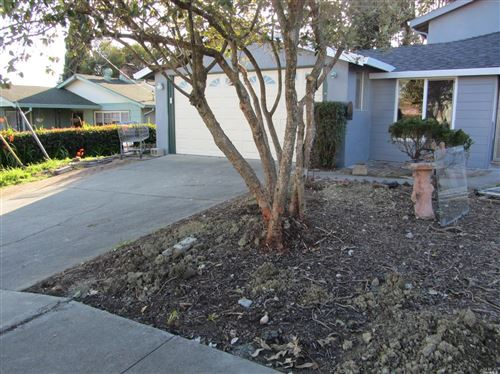 Photo of 19 Flamingo Court, American Canyon, CA 94503 (MLS # 22012193)