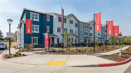 Photo of 327 Pear Tree Terrace, Napa, CA 94558 (MLS # 22026378)