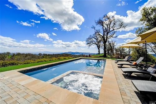 Photo of 100 Longhorn Ridge Road, Napa, CA 94558 (MLS # 321020901)