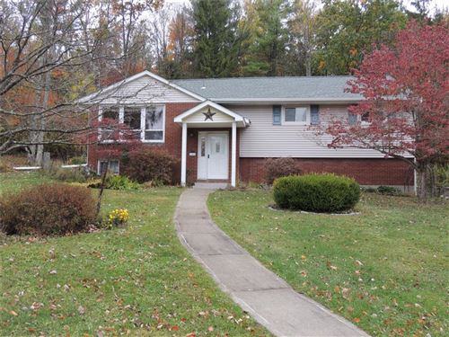 Photo of 2009  Galaxy Drive, VESTAL, NY 13850 (MLS # 306999)