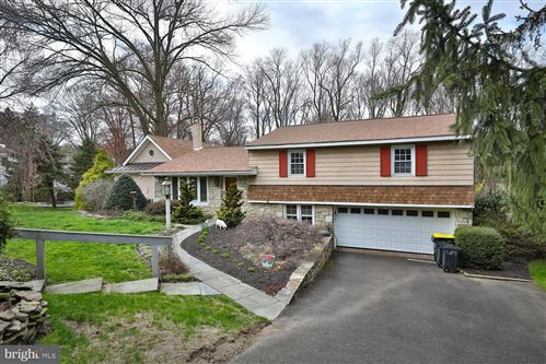 Photo of 139 GREENWOOD DR, WILLOW GROVE, PA 19090 (MLS # PAMC645152)