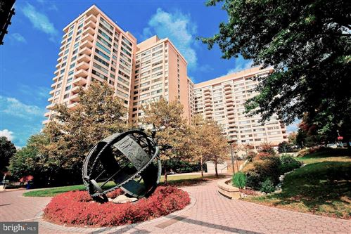 Photo of 5500 FRIENDSHIP BLVD #1806N, CHEVY CHASE, MD 20815 (MLS # MDMC731184)