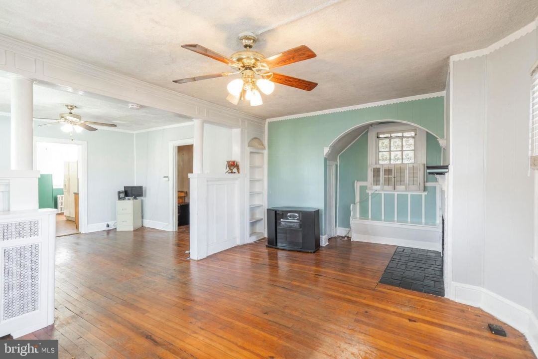 Photo of 124 E WOOD ST, NORRISTOWN, PA 19401 (MLS # PAMC677220)