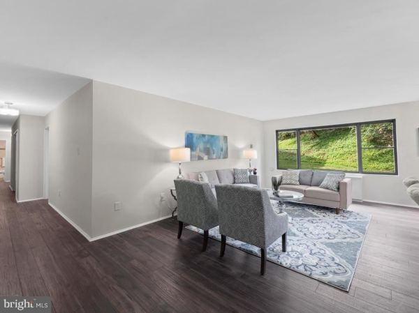 Photo of 5301 WESTBARD CIR #240, BETHESDA, MD 20816 (MLS # MDMC721278)