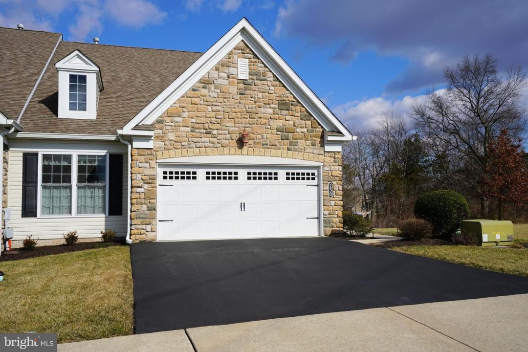 Photo for 230 REAGAN DR, SELLERSVILLE, PA 18960 (MLS # PABU489292)