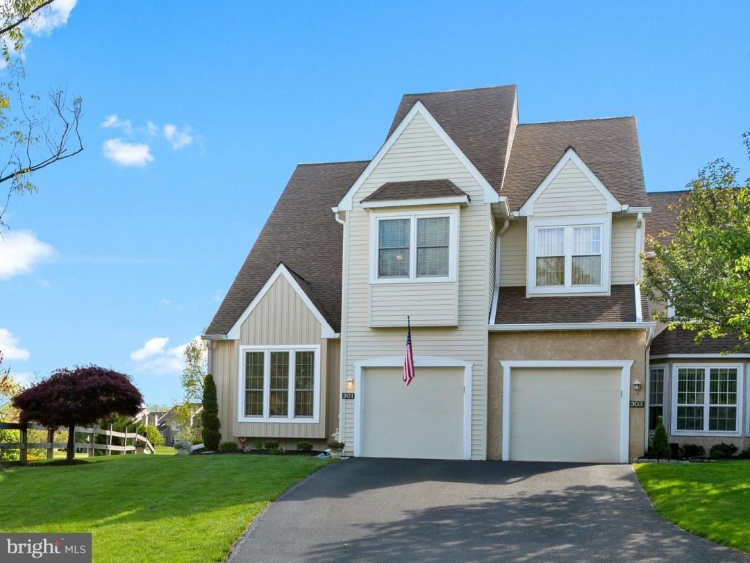 Photo for 301 COUNTRY CLUB DR, LANSDALE, PA 19446 (MLS # PAMC648346)