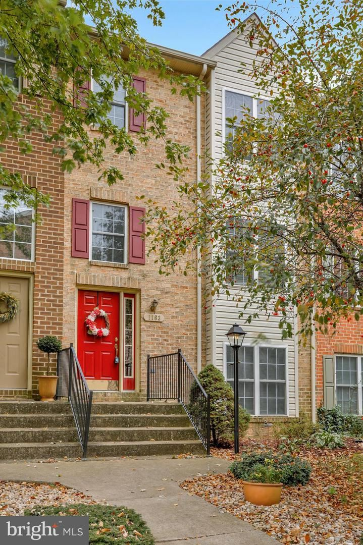 Photo for 1163 LINDSAY LN, HAGERSTOWN, MD 21742 (MLS # MDWA175406)
