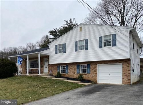 Photo of 2200 OVERLOOK DR, ASTON, PA 19014 (MLS # PADE509554)