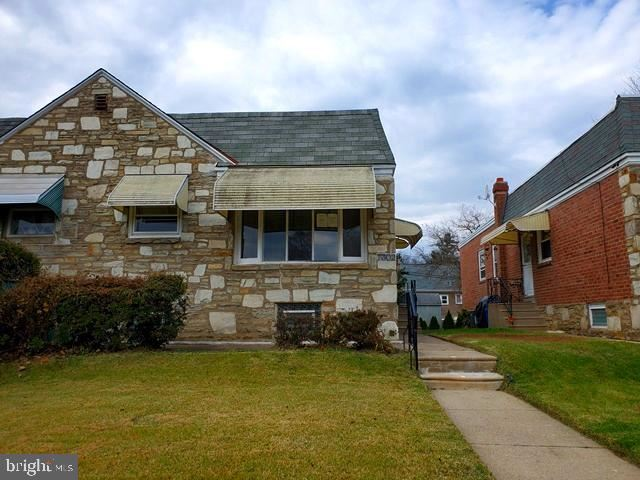 Photo of 7302 SHELBOURNE ST, PHILADELPHIA, PA 19111 (MLS # PAPH964762)