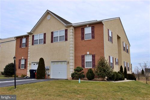 Photo of 532 CLEARVIEW DR, SOUDERTON, PA 18964 (MLS # PAMC639828)