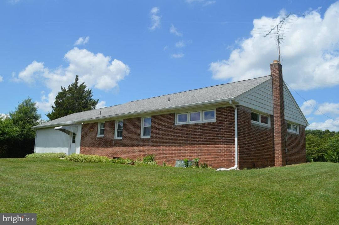 Photo of 792 FAIRVIEW DR, HANOVER, PA 17331 (MLS # PAYK2000996)