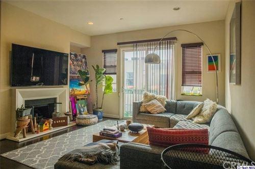 Photo of 10878 Bloomfield Street #405, Toluca Lake, CA 91602 (MLS # 320005018)