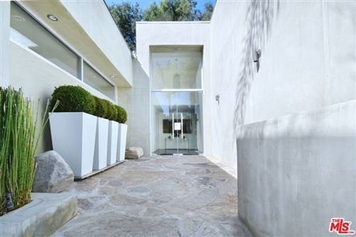 Photo of 2731 Hutton Drive, Beverly Hills, CA 90210 (MLS # 21797026)