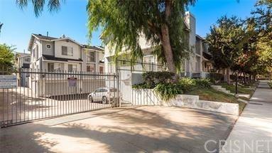 Photo of 7430 Corbin Avenue #32, Reseda, CA 91335 (MLS # SR20236031)