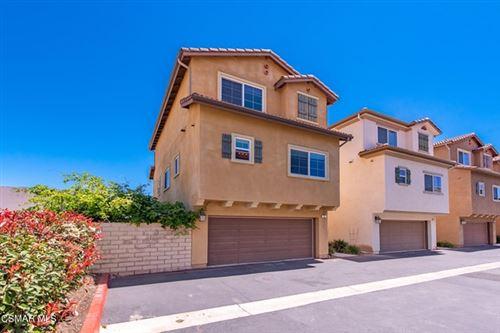 Photo of 6840 De Celis Place #8, Lake Balboa, CA 91406 (MLS # 221002044)