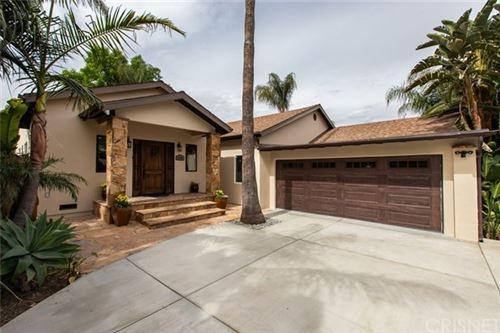 Photo of 6245 Zelzah Avenue, Encino, CA 91316 (MLS # SR20053044)