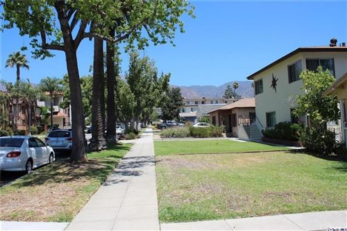 Photo of 1148 Spazier Avenue #B, Glendale, CA 91201 (MLS # BB21167057)