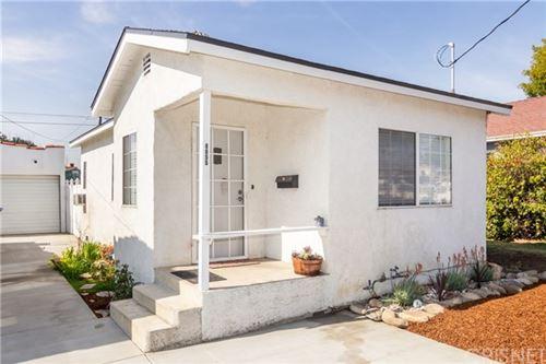 Photo of 6655 Ben Avenue, North Hollywood, CA 91606 (MLS # SR21041058)