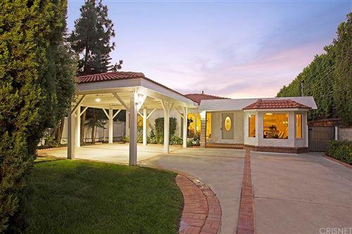 Photo of 15535 Morrison Street, Sherman Oaks, CA 91403 (MLS # SR21199067)