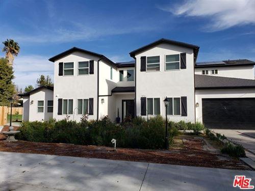 Photo of 8556 NEWCASTLE Avenue, Northridge, CA 91325 (MLS # 20545070)