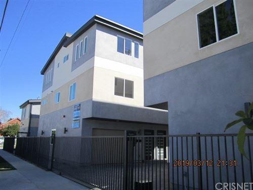 Photo of 6220 Tyrone Avenue #6220 1/2, Van Nuys, CA 91401 (MLS # SR20238084)