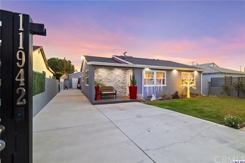 Photo of 11942 Lorne Street, North Hollywood, CA 91605 (MLS # 320005091)