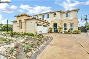 Photo of 300 Pebble Beach Dr, Brentwood, CA 94513-7072 (MLS # 40861099)