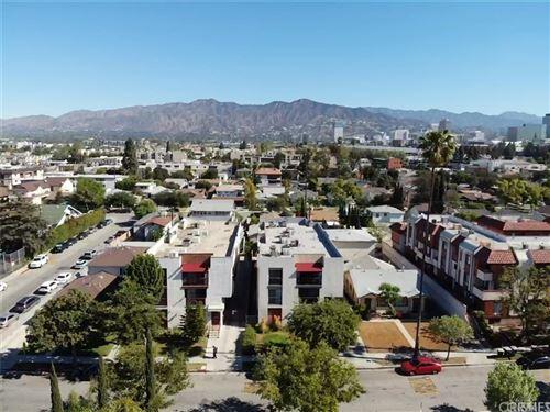Photo of 425 W Lomita Avenue #2, Glendale, CA 91204 (MLS # BB21167101)