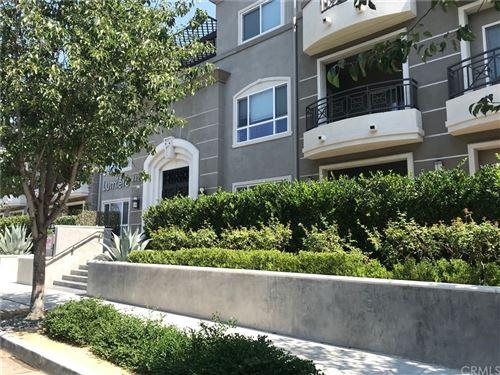 Photo of 4424 Whitsett Avenue #202, Studio City, CA 91604 (MLS # PF21198103)