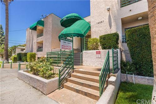 Photo of 14521 Hartland Street #107, Van Nuys, CA 91405 (MLS # BB20198113)