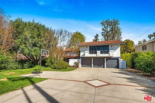 Photo of 5064 Louise Avenue, Encino, CA 91316 (MLS # 21697116)