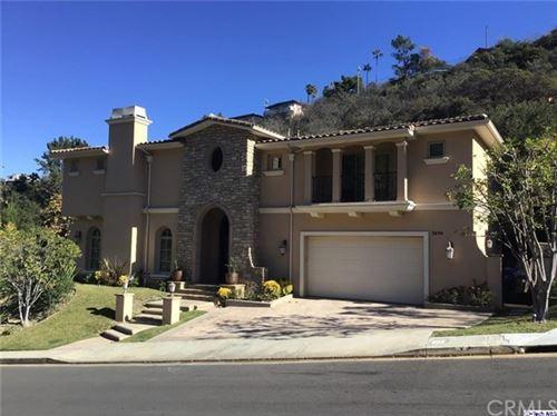 Photo of 3698 Benedict Canyon Lane, Sherman Oaks, CA 91423 (MLS # 320001136)