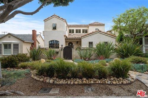 Photo of 1038 Chelsea Avenue, Santa Monica, CA 90403 (MLS # 21733144)