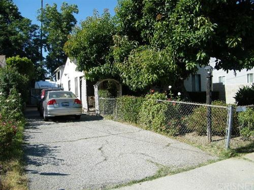 Photo of 14013 Bessemer Street, Van Nuys, CA 91401 (MLS # SR20122150)