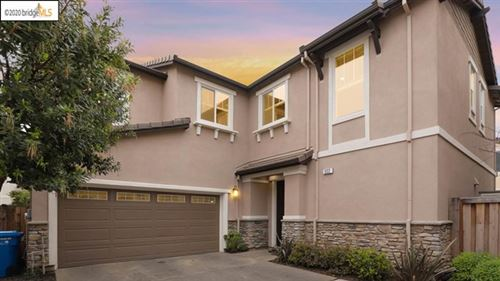 Photo of 322 Pacifica Dr, Brentwood, CA 94513 (MLS # 40900151)