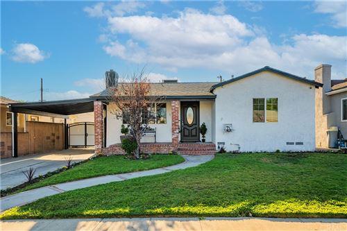 Photo of 1735 N Frederic Street, Burbank, CA 91505 (MLS # BB21201165)