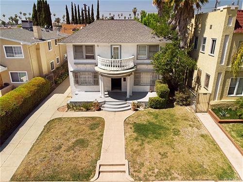 Photo of 807 N Heliotrope Drive, Hollywood, CA 90029 (MLS # PV21084165)