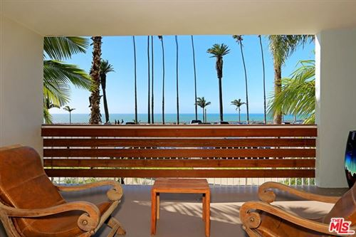 Photo of 1025 OCEAN Avenue #102, Santa Monica, CA 90403 (MLS # 20638180)
