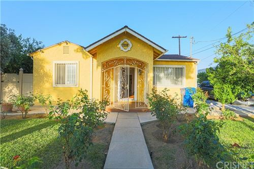 Photo of 7218 Yarmouth Avenue, Reseda, CA 91335 (MLS # SR20199225)