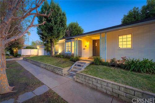 Photo of 12422 Valley Spring Lane, Studio City, CA 91604 (MLS # SR19274228)