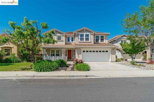 Photo of 2397 Berkshire Ln, Brentwood, CA 94513 (MLS # 40950250)
