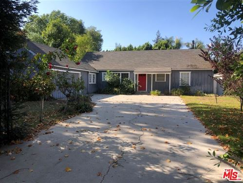 Photo of 4445 Firmament Avenue, Encino, CA 91436 (MLS # 21779252)